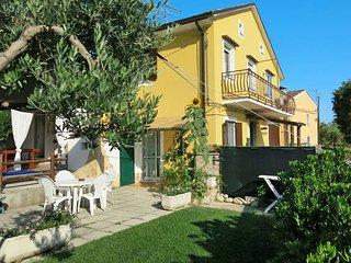 4 bedroom Villa in Lanciano, Abruzzo, Italy : ref 5444902