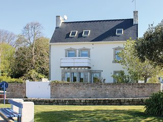 4 bedroom Villa in Bénodet, Brittany, France : ref 5565494