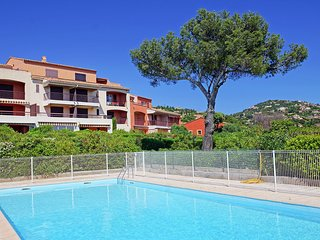 1 bedroom Apartment in Agay, Provence-Alpes-Cote d'Azur, France : ref 5556776