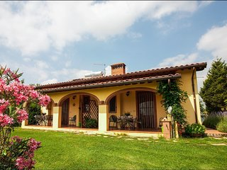 2 bedroom Villa in Anatraia, Tuscany, Italy : ref 5239682