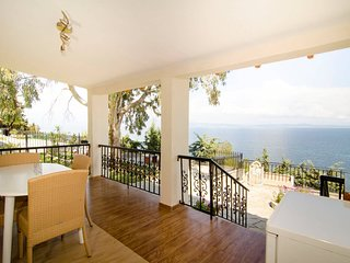House with Stunning Sea View, Potidaia