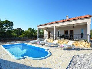 3 bedroom Villa in Južni Škugori, Šibensko-Kninska Županija, Croatia : ref 55470