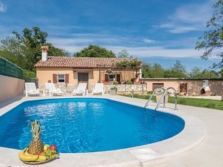 2 bedroom Villa in Santalezi, Istria, Croatia : ref 5520311