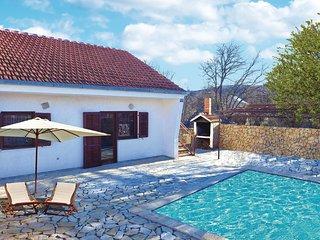 2 bedroom Villa in Primorski Dolac, Splitsko-Dalmatinska Zupanija, Croatia : ref