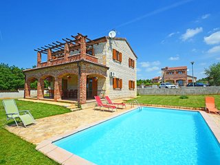 4 bedroom Villa in Juršići, Istria, Croatia : ref 5518998