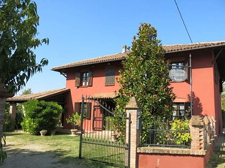 4 bedroom Villa in Noche, Piedmont, Italy : ref 5443305