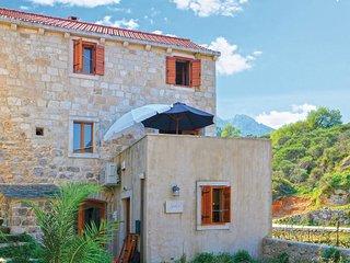 3 bedroom Villa in Pitve, Splitsko-Dalmatinska Zupanija, Croatia : ref 5562592