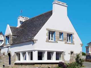 5 bedroom Villa in Sibiril, Brittany, France : ref 5438389