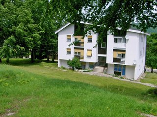 2 bedroom Apartment in Mukinje, Licko-Senjska Zupanija, Croatia : ref 5555151