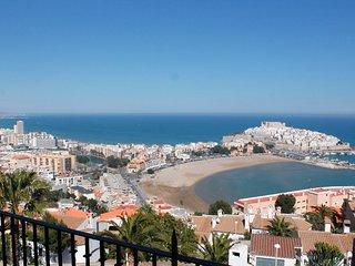 Apartamento con gran terraza y magnificas vistas a mar