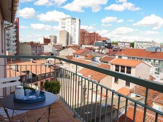 Castellane - T2 -35m2 - 1 chambre + parking + balcon