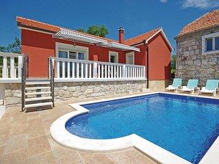 2 bedroom Villa in Perisici, Splitsko-Dalmatinska Zupanija, Croatia : ref 551994