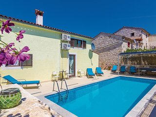2 bedroom Villa in Frata, Istria, Croatia : ref 5564231