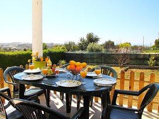 2 bedroom Apartment in Salgados, Faro, Portugal : ref 5534981