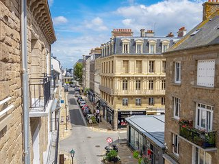 2 bedroom Apartment in Dinard, Brittany, France : ref 5547158