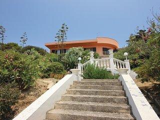 3 bedroom Villa in Porto Palo Est, Sicily, Italy : ref 5540038