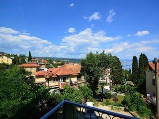 2 bedroom Apartment in Opatija, Primorsko-Goranska Županija, Croatia : ref 55603