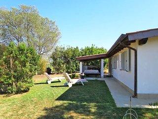 2 bedroom Villa in Castiglione della Pescaia, Tuscany, Italy : ref 5446956