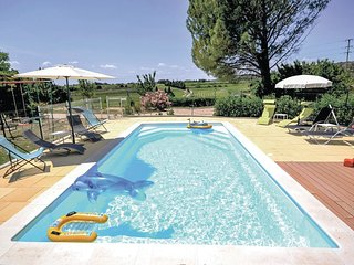 3 bedroom Villa in Estezargues, Occitania, France : ref 5522246