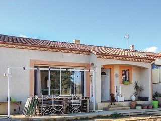 3 bedroom Villa in Corneilhan, Occitania, France : ref 5570104