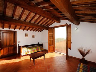 3 bedroom Apartment in Casamaggiore, Umbria, Italy : ref 5555338