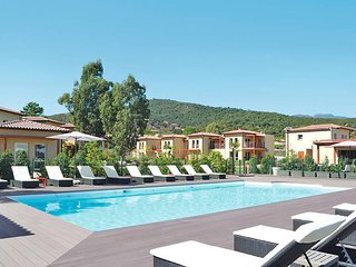 2 bedroom Apartment in Favone, Corsica, France : ref 5439992