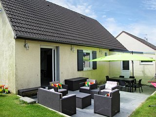 3 bedroom Villa in Tourlaville, Normandy, France : ref 5442061