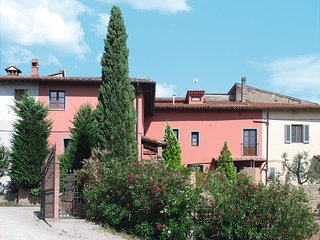 3 bedroom Apartment in Certaldo, Tuscany, Italy : ref 5446616