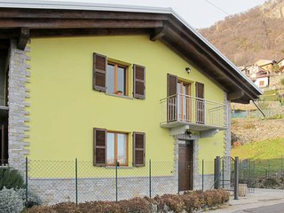 3 bedroom Villa in Musso, Lombardy, Italy : ref 5512063