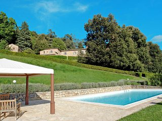 3 bedroom Apartment in Gambassi Terme, Tuscany, Italy : ref 5446727