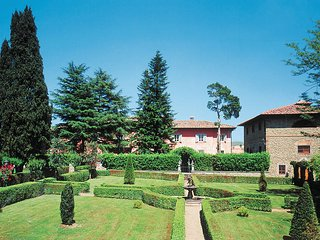 3 bedroom Apartment in Meleto, Tuscany, Italy : ref 5446754