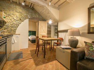 1 bedroom Apartment in Cortona, Tuscany, Italy : ref 5472622