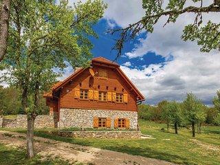 4 bedroom Villa in Radovici, Licko-Senjska Zupanija, Croatia : ref 5583346