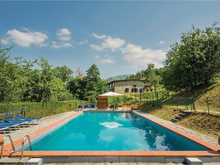 1 bedroom Villa in Sant'Anna, Tuscany, Italy - 5523563