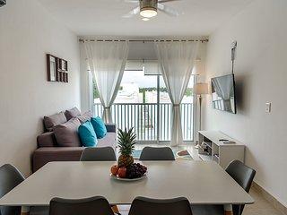 Lunamar Penthouse A-403