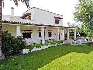 4 bedroom Villa in Margherita di Savoia, Apulia, Italy : ref 5519761