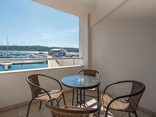 2 bedroom Apartment in Pirovac, Sibensko-Kninska Zupanija, Croatia : ref 5542460