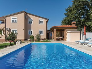 3 bedroom Apartment in Filipini, , Croatia : ref 5576698