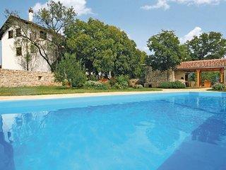 4 bedroom Villa in Mratovo, Sibensko-Kninska Zupanija, Croatia : ref 5563777