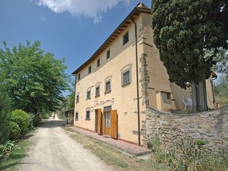 2 bedroom Apartment in Romola, Tuscany, Italy : ref 5241446