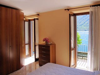 3 bedroom Villa in Colonno, Lombardy, Italy : ref 5436892