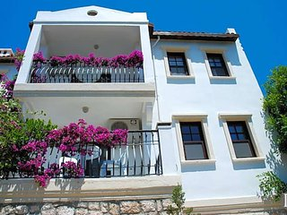 4 bedroom Villa in Kas, Antalya, Turkey : ref 5433107