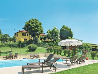 2 bedroom Apartment in Montegrosso d'Asti, Piedmont, Italy : ref 5443114
