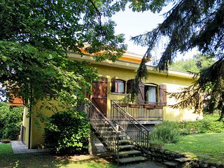 1 bedroom Villa in Porto Valtravaglia, Lombardy, Italy : ref 5440965