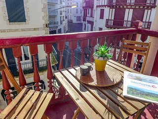 2 bedroom Apartment in Biarritz, Nouvelle-Aquitaine, France : ref 5515463