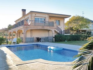 4 bedroom Villa in Pineda de Mar, Catalonia, Spain : ref 5535562