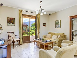 Sami Villa Sleeps 4 with Pool and Air Con - 5217930