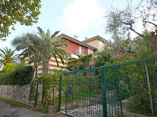 2 bedroom Apartment in San Michele di Pagana, Liguria, Italy : ref 5555391