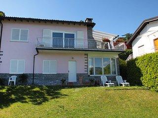 3 bedroom Villa in Porto Valtravaglia, Lombardy, Italy : ref 5557052