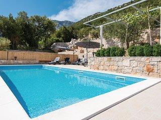 7 bedroom Villa in Orebic, Dubrovacko-Neretvanska Zupanija, Croatia : ref 553350